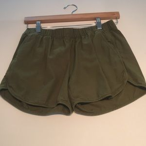 Madewell green shorts. Current season.